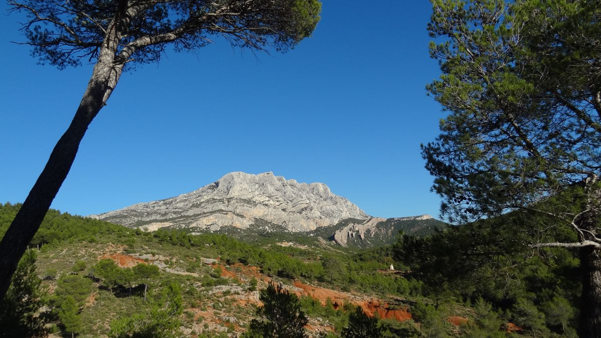 Camping near Sainte-Victoire, in Provence